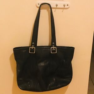 OFFERS?? Coach Hampton leather tote